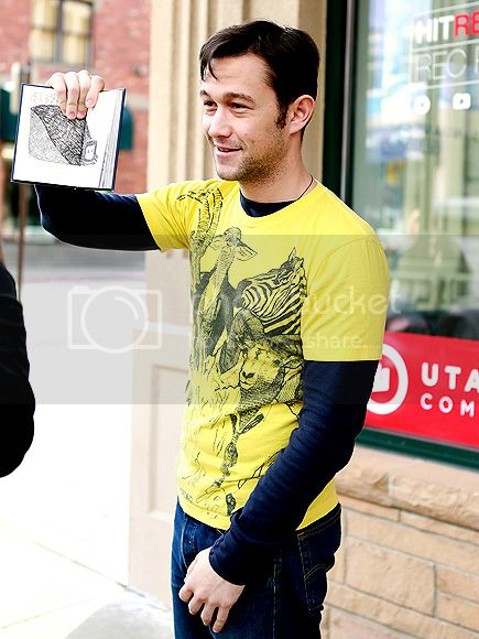 photo joseph-gordon-levitt-435-5_zps3c13e512.jpg