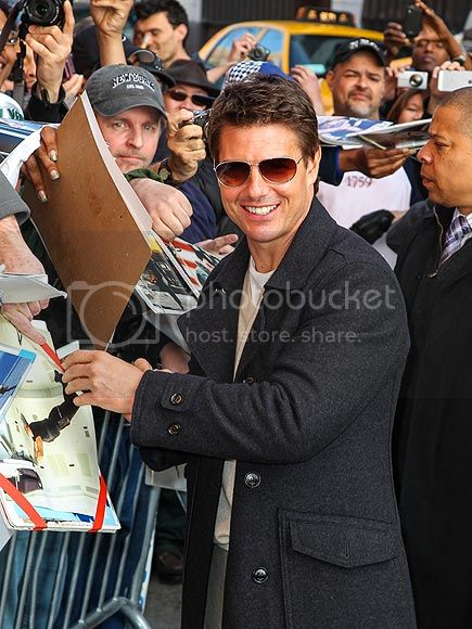photo tom-cruise-2-435-1_zpsdbaa6ac6.jpg